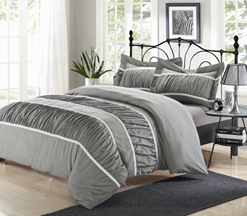 Chic Home Betsy 3-Piece Ruffled Duvet Cover Set, King, Silve