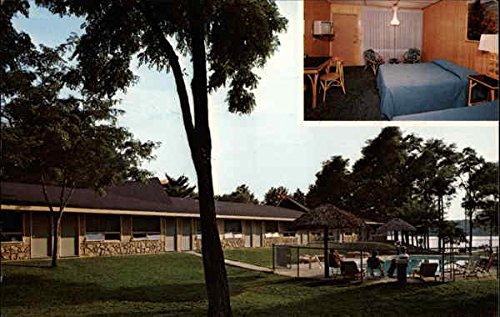 Tiki Hawaiian Motel and Gift Shop Wisconsin Dells, Wisconsin Original Vintage - Wisconsin Dells Shops