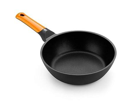 BRA Efficient Orange Sartén honda 24 cm, aluminio fundido con antiadherente Platinum Plus, apta para todo tipo de cocinas incluida inducción, libre ...