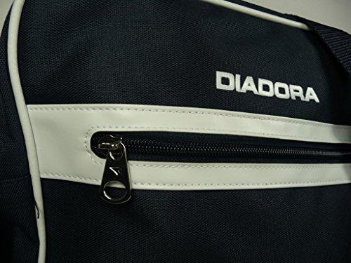 ... DIADORA MESSENGER BLUE 654 bag borsa borsello unisex tracolla (Misure   cm 34x28x10) ... 6d184a997a9