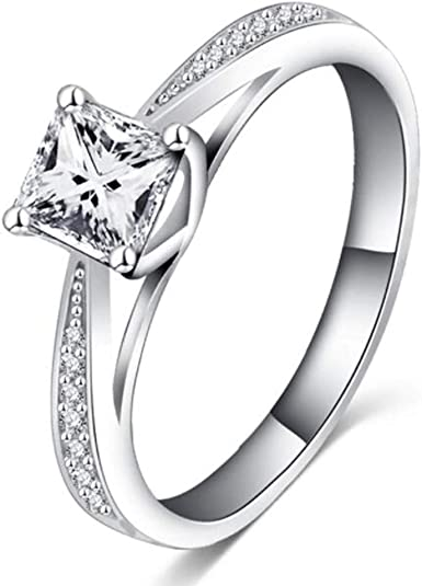 Antique Princess Cut 2Ct Solitaire Moissanite Engagement Ring In Sterling Silver