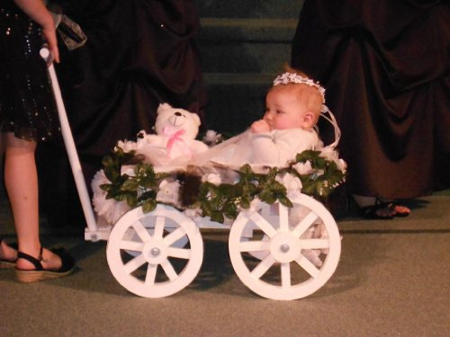 Small Flower Girl Pumpkin Wagon Gloss White