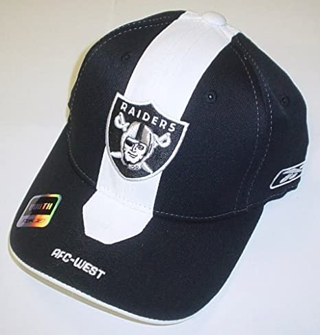 f6e72e62e94 Amazon.com   Oakland Raiders Youth Player 2nd Season Flex Sideline ...