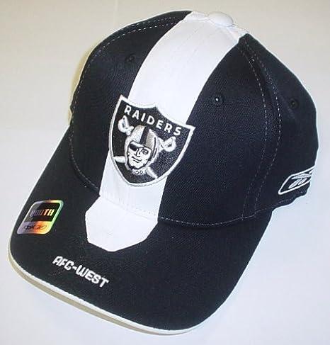 29d3201d Amazon.com : Oakland Raiders Youth Player 2nd Season Flex Sideline ...
