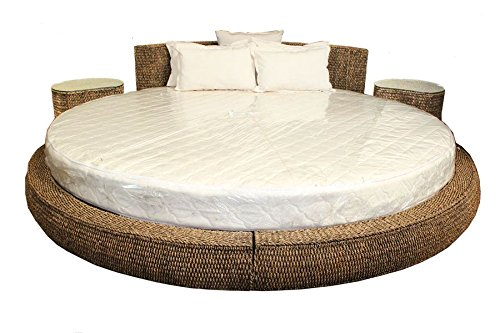 Essential Décor Entrada Collection 102 by 102 by 16-Inch Corn Leaf Day Bed with 2 17 by 24-Inch Tables