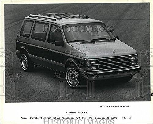 (Vintage Photos 1985 Press Photo 1985 Plymouth Voyager Van. - cva83629-8 x 10 in. - Historic)