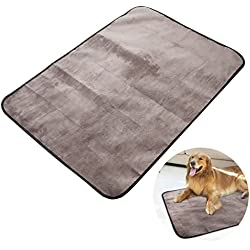 UEETEK Multifunctional Waterproof Pet Blanket, 100 70CM Collapsible Plush Dog Travel Mat Pad for Dogs and Cats Indoor Outdoor Lawn Use (Black)
