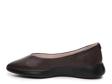 6c8936679eee Amazon.com  Taryn Rose Womens Devon Sheet Nappa Leather Closed Toe ...
