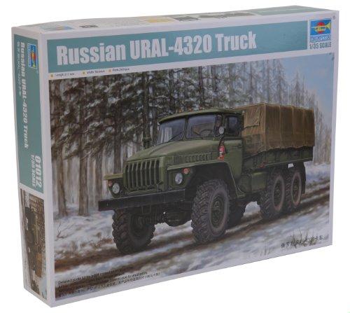 Trumpeter 01012 Modellbausatz Russian URAL-4320 Truck