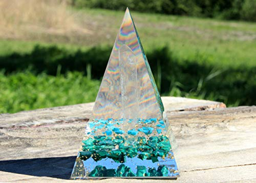 Handmade Large ORGONITE Abundance Pyramid Orgone Energy Generator for Prosperity and Wealth, with Gold and Crystals Quartz, Malachite, ()