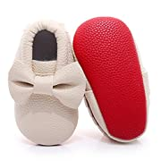 HONGTEYA Red Bottoms Shoes- PU Leather Newborn Baby Shoes Girl Boy Moccasins Bebe Fringe Soft Red Soled Non-Slip Crib Shoe (10.5cm 0-3 Months 4.13inch, Bow-begie)