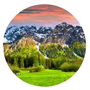 alfombrilla de ratón Hermoso paisaje de primavera en los Alpes suizos, Bregaglia. - ronda - 20cm