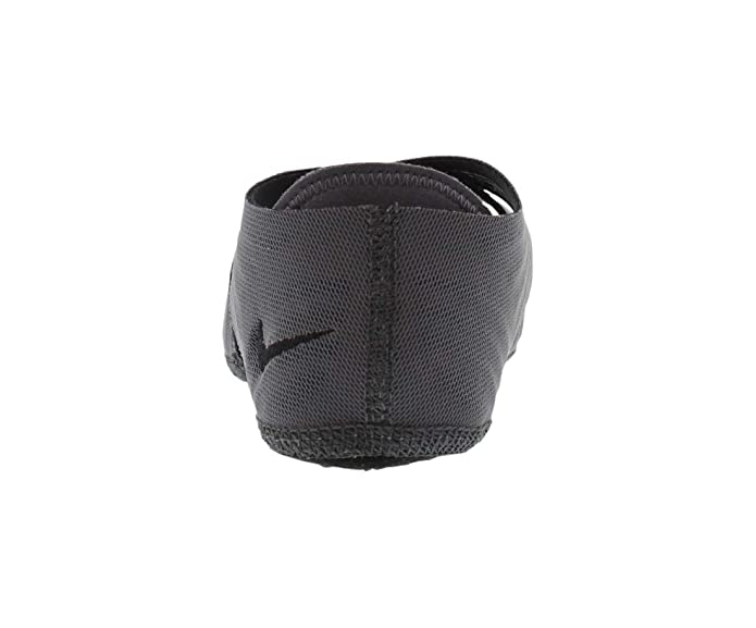 Amazon.com | Nike 2014 Women Studio Wrap Pack Mid Dancing ...