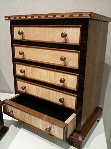 Hepplewhite Miniature Chest of Drawers - 5 drawers