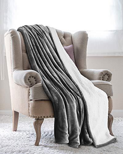 Utopia Bedding Mantas Reversibles de Franela Sherpa (150 x 200 cm) - Gris - Tela de Cepillo Extra Suave, Super calida, Mantas para sofas acogedora y Ligera, Cuidado facil