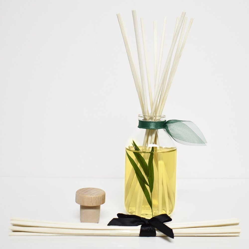LOVSPA Bamboo Citrus Essential Oil Reed Diffuser Set Zesty White Lime & Crisp Bamboo | Tart Citrus Scent for The Kitchen or Bathroom | Makes a Great Gift for New Homeowners by LOVSPA (Image #4)