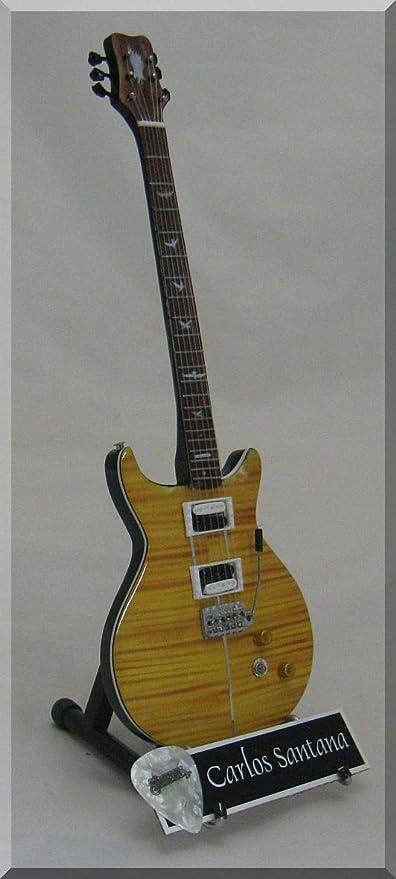 CARLOS SANTANA Guitarra miniatura con púa de guitarra PRS: Amazon ...
