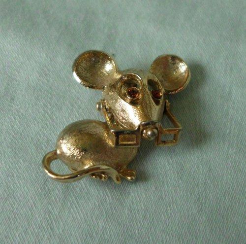 Avon Vintage Brooch - Vintage Avon 1973 Spectacular Mouse Tack Pin Brooch - 1