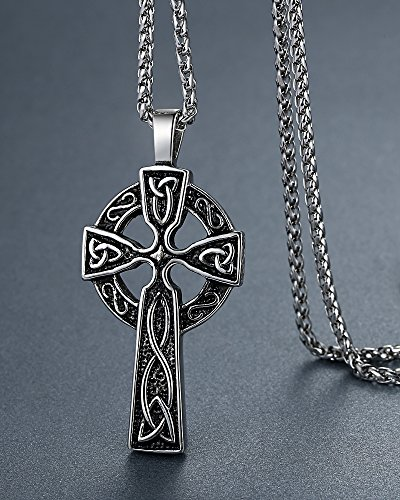 The 8 best celtic necklaces