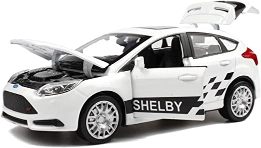 1//18 Scale FORD FOCUS 2016 White Diecast Car Model Toy Collection