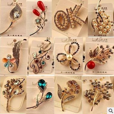 16 Korean fashion color retention and rose gold plating crystal gem diamond wild flowers costume pearl brooch pin collar (Brooch Wildflower)