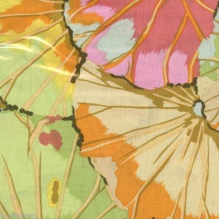 (FreeSpirit Fabrics BK-659 Kaffe Fassett Lotus Leaf Jade Fabric by the)