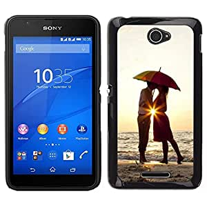 // PHONE CASE GIFT // Duro Estuche protector PC Cáscara Plástico Carcasa Funda Hard Protective Case for Sony Xperia E4 / Sunset Umbrella Lovers Love Heart Kiss /