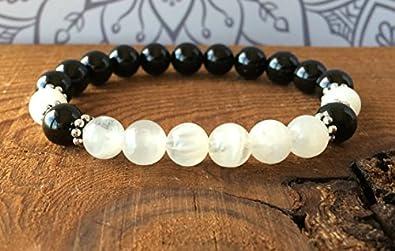LOVEKUSH Rock Gift - Pulsera de turmalina negra y piedra lunar elástica, 8 mm, redonda, lisa, 7 pulgadas, para hombres, mujeres, gf, bf y adultos.