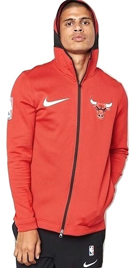 5903a7472 Amazon.com   Nike Men s NBA Chicago Bulls Therma Flex Showtime Hoodie    Clothing