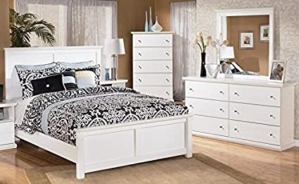 Amazon.com: Bostwick Shoals Queen Bedroom Set with Panel Bed Dresser ...
