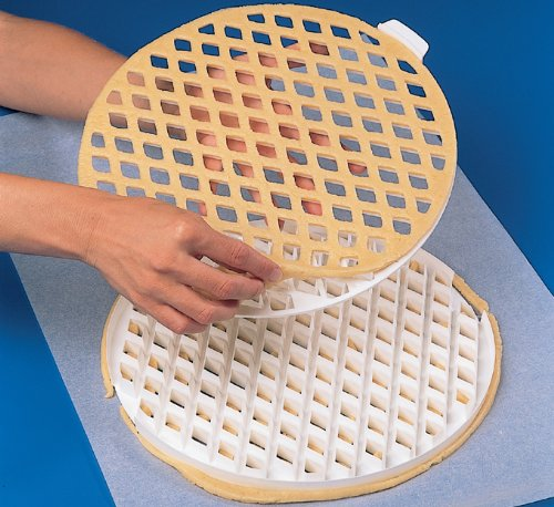 Lattice pie-top Dough Cutter - 2 Pc. Set - 11-1/2'' Dia. by Thermohauser