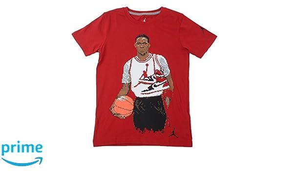 2f003feb3028e6 Amazon.com  NIKE Jordan Classic Pixel Big Kids  (Boys ) T-Shirt Gym Red  (M(10-12YRS))  Sports   Outdoors