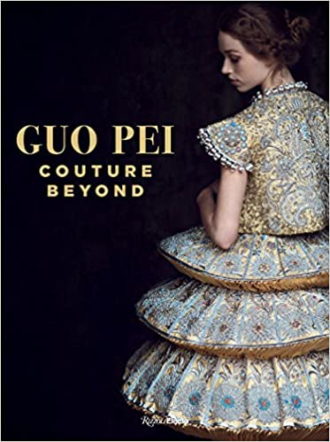 3e6fa39ea Guo Pei: Couture Beyond: Howl Collective, Lynn Yaeger, Paula Wallace:  9780847860661: Amazon.com: Books