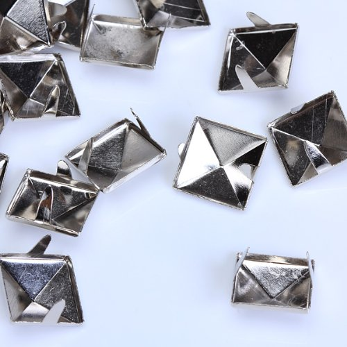 100pcs 2 Prongs Pyramid Studs 12mm Silver Approx