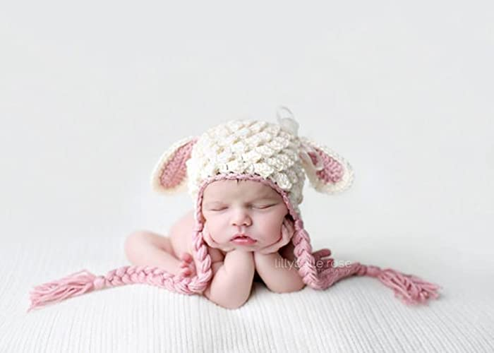 b4ddfd0cbfda Amazon.com  Crochet Lamb Hat