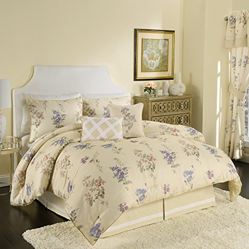 - Croscill Chapel Hill The Forget Me Not Comforter 4-Piece Set Queen