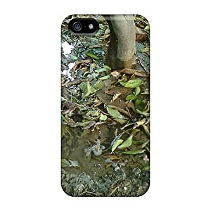 Case Cover Dead Leaves Floating On Water Under A Tree/ Fashionable Case For Iphone 5/5s