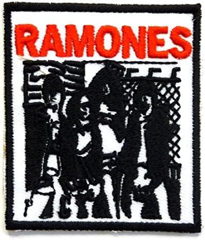 【ノーブランド品】アイロンワッペン RAMONES ロック バンド 音楽(バンド) ワッペン 刺繍ワッペン アイロンで貼れるワッペン