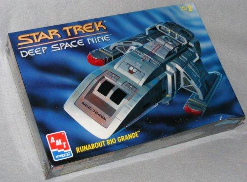 Star Trek Deep Space Nine Runabout Rio Grande Model Kit -