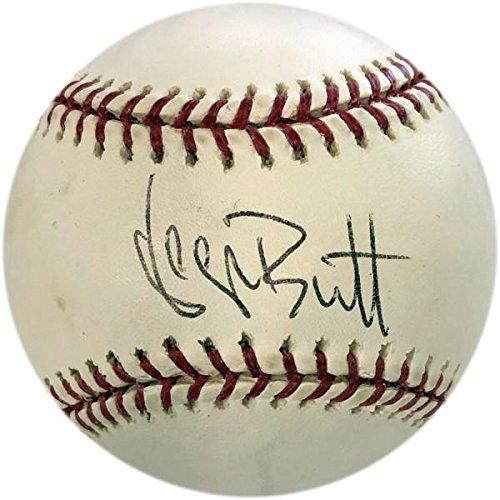 George Brett Autographed Baseball (JSA) - Autographed (George Brett Autographed Baseball)