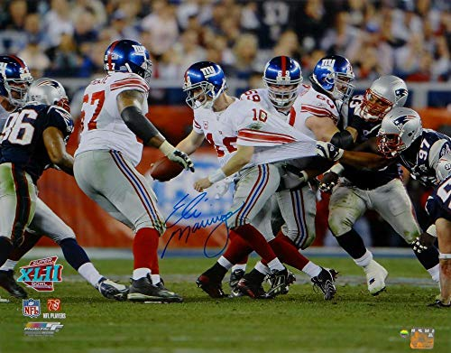 Signed Eli Manning Photo - NY 16x20 Avoiding Tackle Auth - Steiner Sports Certified - Autographed NFL Photos