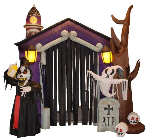 [8.5 Foot Halloween Inflatable Haunted House Castle with Skeletons, Ghost and Skulls Yard Decoration] (Halloween Yard)