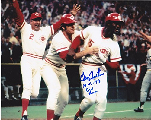 Signed Foster Photograph - 10 11 72 GW RUN 8x10 - Autographed MLB ()