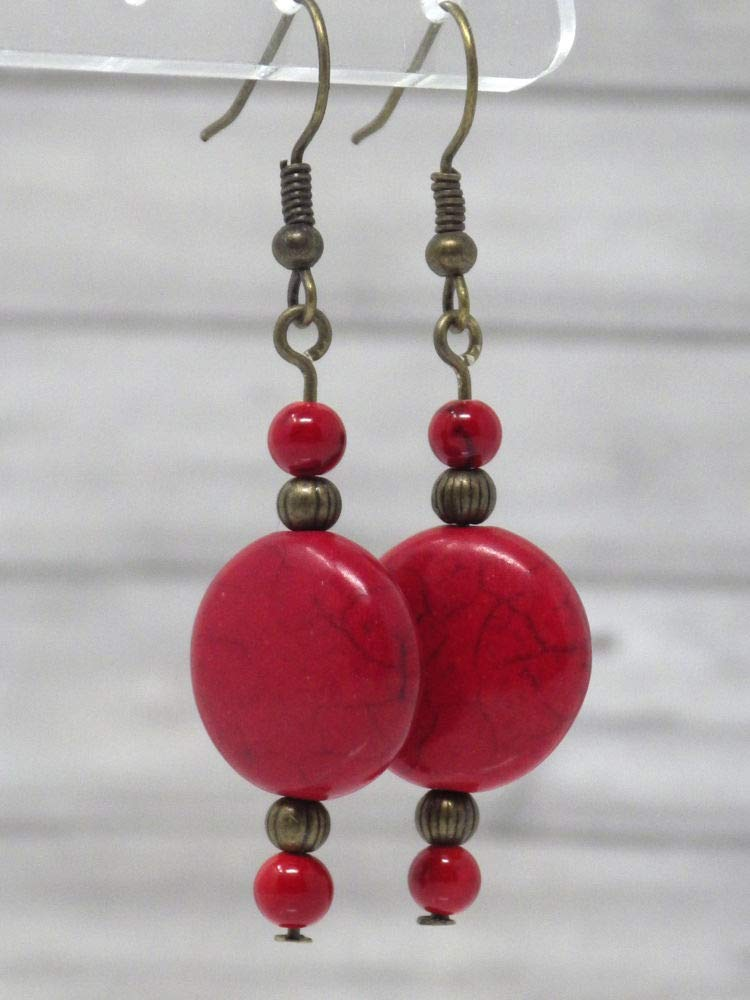 Pendientes rojos estilo zen en bronce antiguo y perlas planas en turquesa reconstituida