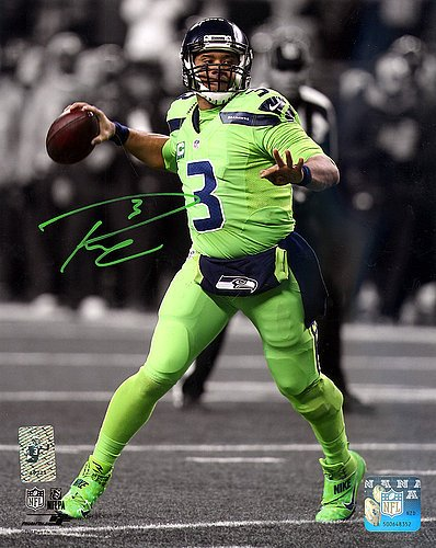 (Russell Wilson Autographed Signed 8x10 Photo Seattle Seahawks RW Holo - Certified Certified123802)