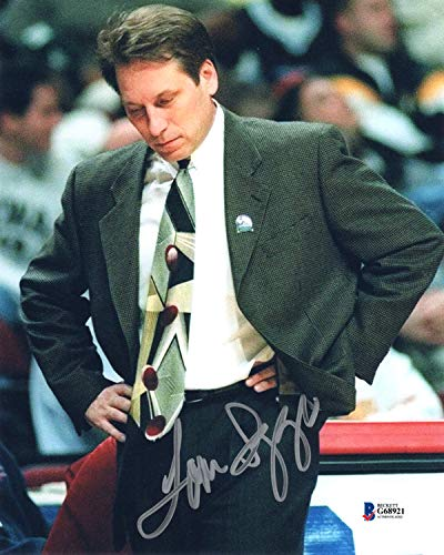 (TOM IZZO SIGNED AUTOGRAPHED 8x10 PHOTO MICHIGAN STATE SPARTANS RARE BECKETT)