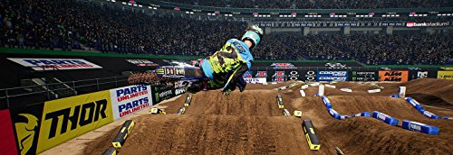Review Monster Energy Supercross: The