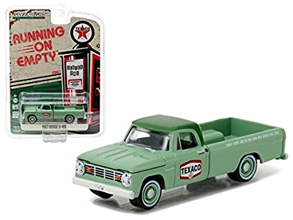 b5ec3533acf3 Amazon.com: Maisto 1967 Dodge D-100 Texaco Pickup Truck 1/64 Model ...