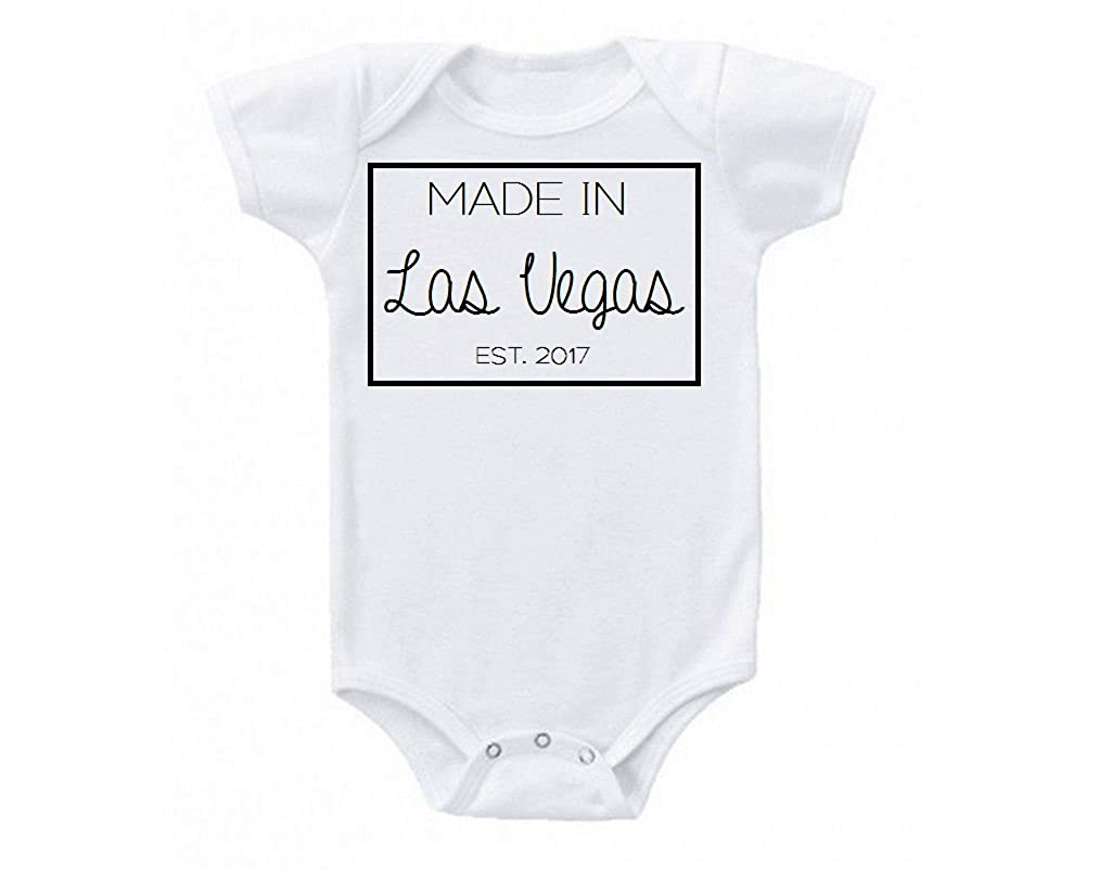 Amazoncom Made In Las Vegas Nevada Babe Black And White Design