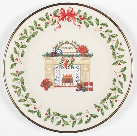 Lenox 1994 Annual Holiday Collector Plate Home for the Holidays is the four. (Annual Holiday Collector)